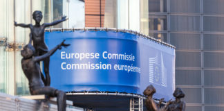 Comision Europea avala - directortic - madrid - españa
